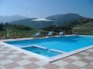 agriturismo-acqualagna-piscina