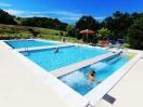 agriturismo-marche-con-piscina-1