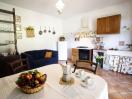 agriturismo-toscana-pisa-appartamento-girasole-cucina