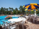 camping-village-trieste-bar-piscina