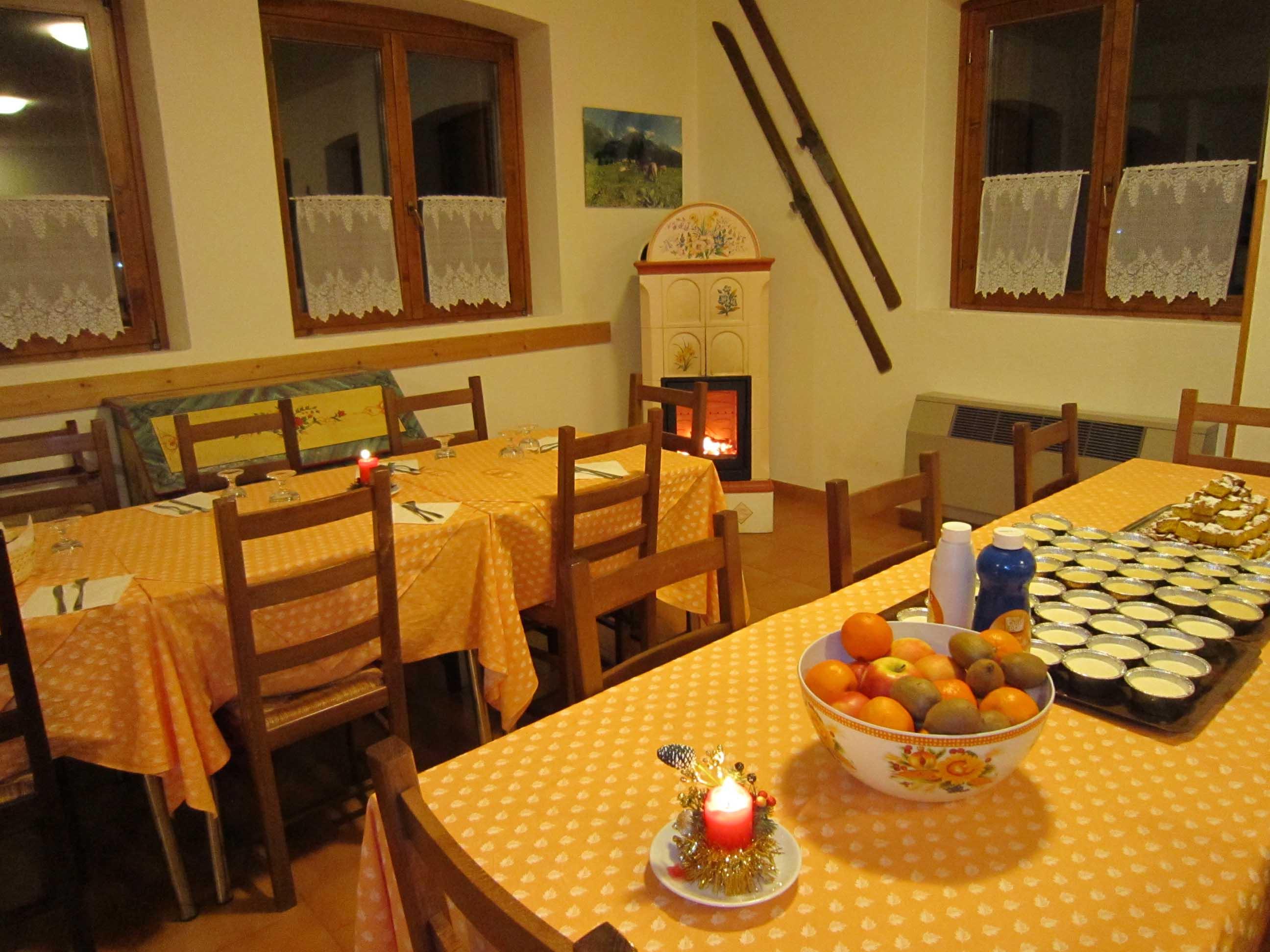 Casa Alpina A Canale D'Agordo (BL) Rif. 358 #C0430B 2592 1944 Sala Da Pranzo Americano
