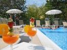 hotel-cesenatico-piscina