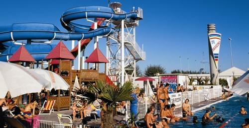 hotel-riccione-beach-village1
