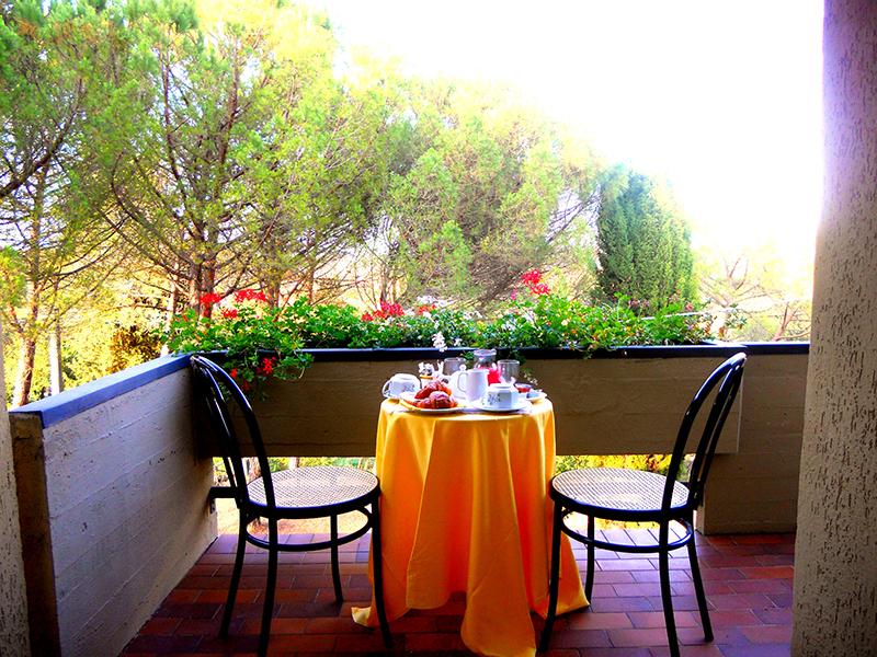balcone-colazione