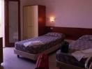 slide-hotel-12