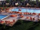 villaggiopuglia-piscinaattrezzata