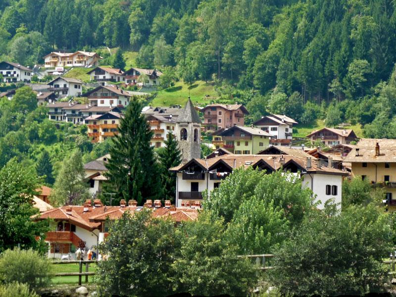 Casa per ferie in Val Rendena rif. 220