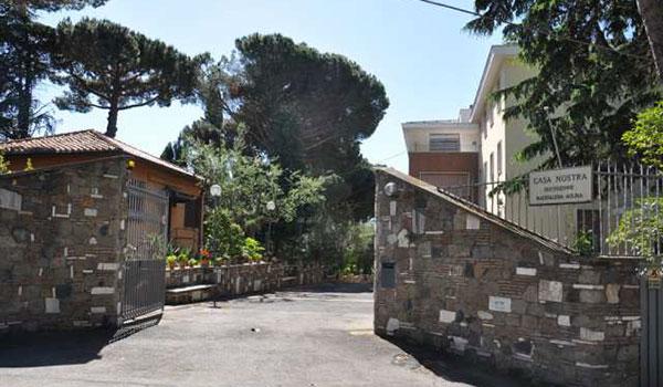 Casa per ferie – Centro Ospitalità a Castel Gandolfo rif. 367