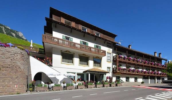 Hotel a Moena per gruppi e famiglie rif.396