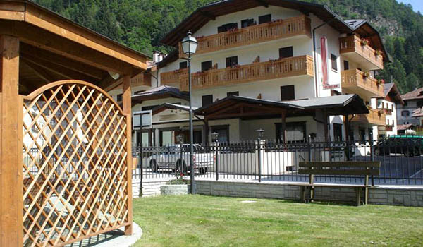 Hotel per famiglie a Pinzolo rif. 455