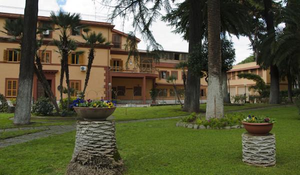 Casa per ferie con sala congressi a Roma rif. 609