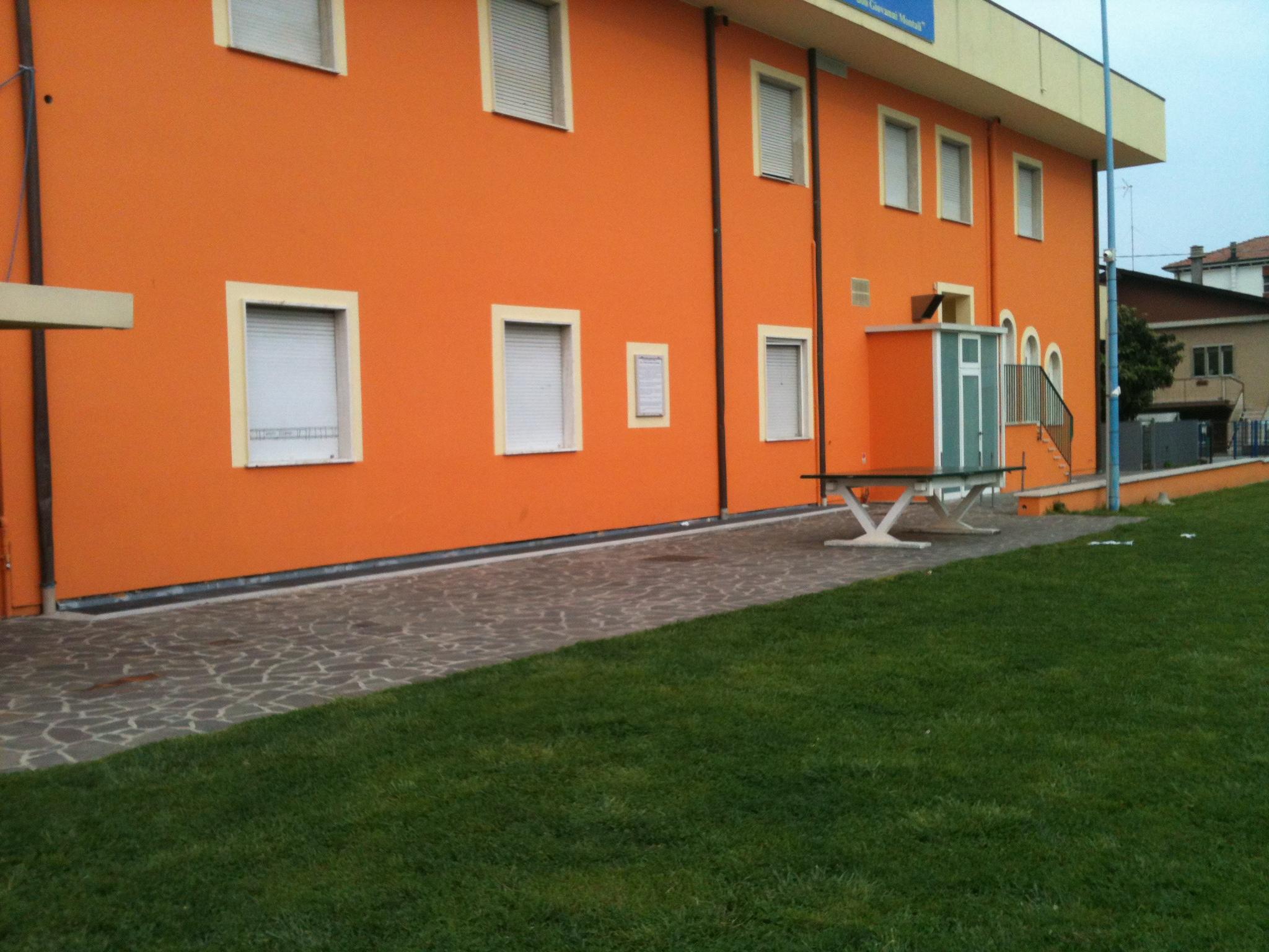 Casa in autogestione a Riccione con 70 posti rif 298