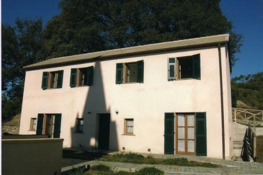 Casa in autogestione nelle colline di Varazze rif.761