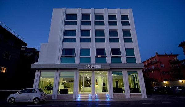 Hotel 3 stelle a Mestre (Venezia) rif. 856
