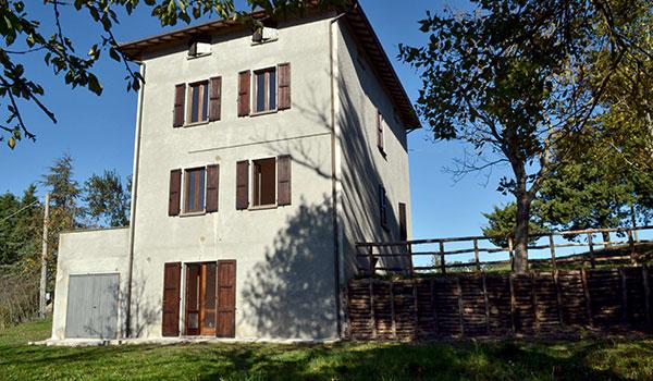 Esterno Casale in Umbria in autogestione