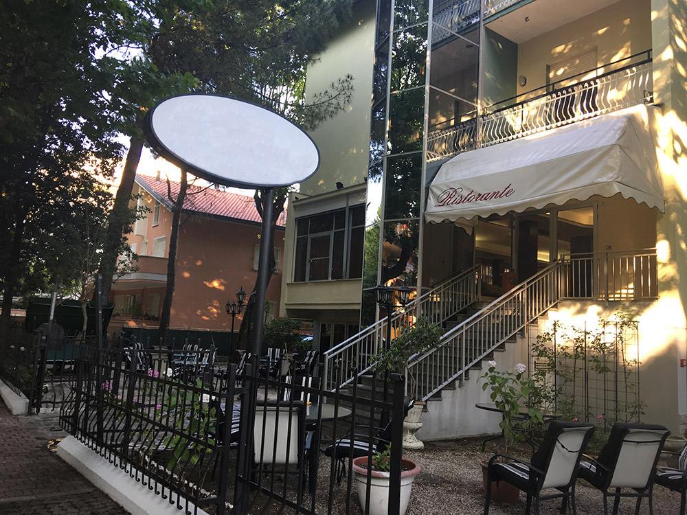 Hotel 3 stelle a Tagliata di Cervia rif 290