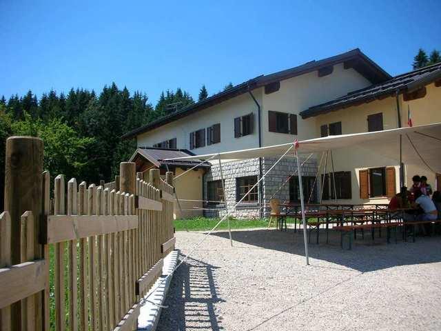 Casa per ferie a Levico Terme rif. 472