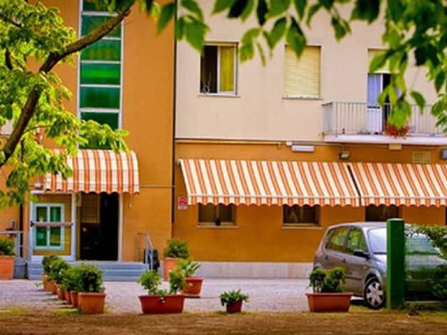 Casa per famiglie e gruppi a Tagliata di Cervia rif. 254