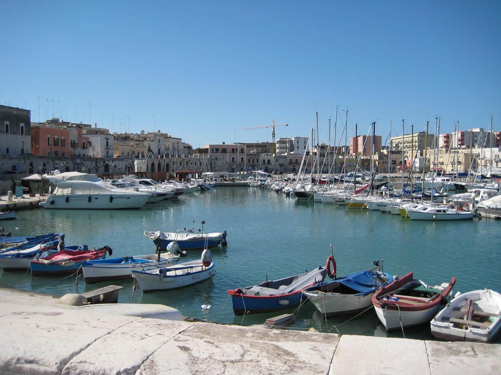 Casa per ferie a Bisceglie – Puglia rif. 610