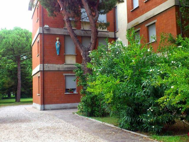 Autogestione a Pinarella  rif. 182