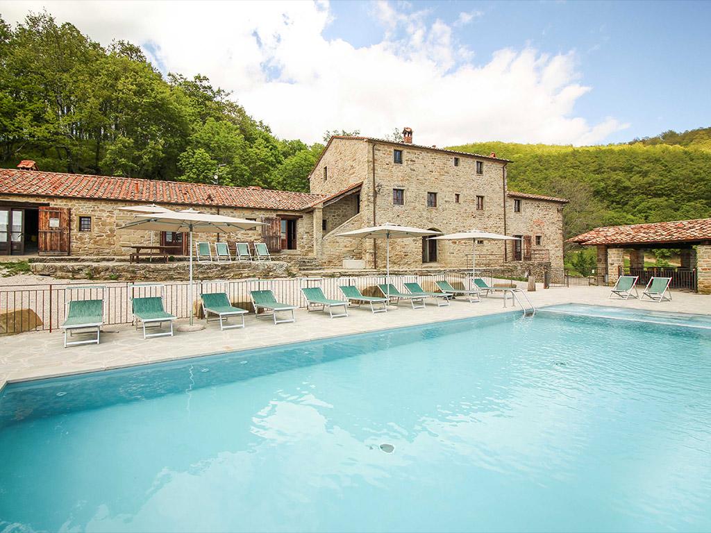 Casali con piscina a Sansepolcro rif. 598