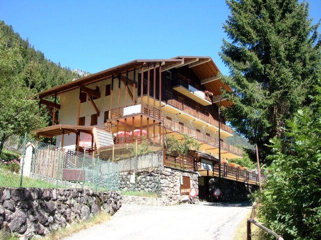 Hotel in Alta Val Seriana – Bergamo rif. 225