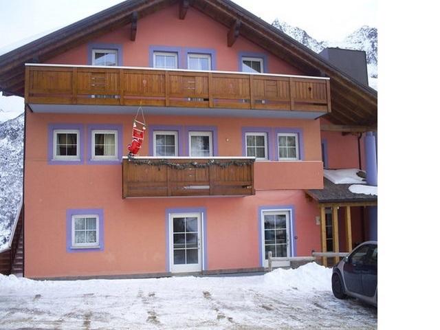 Hotel in pensione e autogestione a Passo del Tonale Rif 999