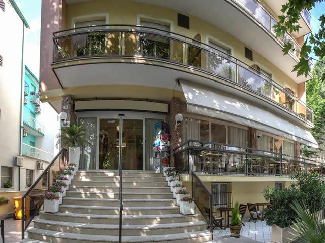 Hotel tre stelle a Rimini rif 984