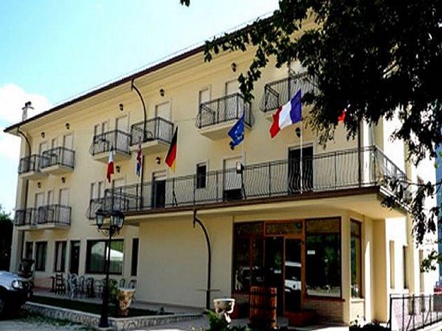 Ostello e Hotel per gruppi in Abruzzo rif. 569