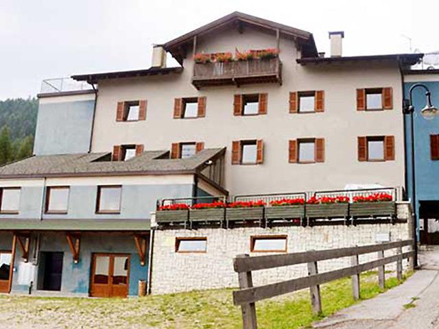 Hotel a Folgaria alla partenza degli impianti rif. 1094