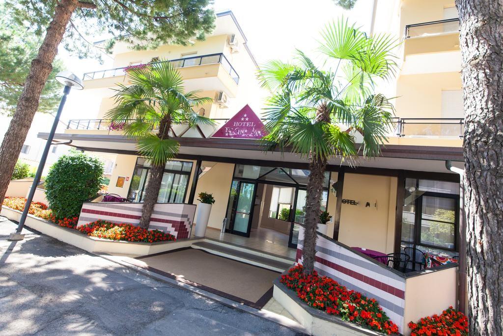Hotel*** a Gatteo a Mare rif 1149