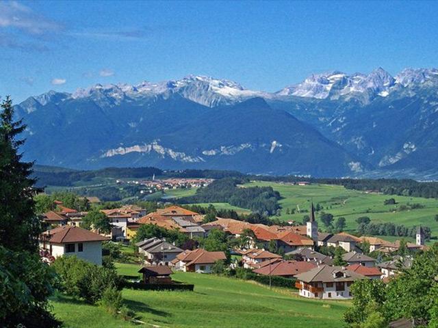 Ronzone tra le Alpi della Val di Non