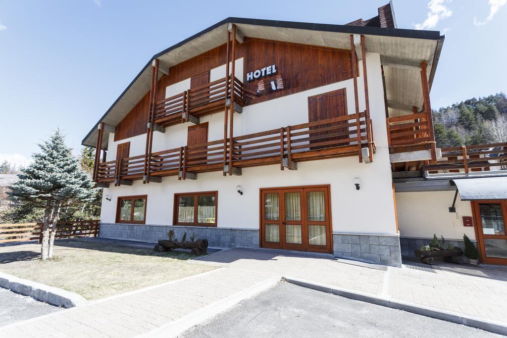 Hotel tre stelle a Cesana Torinese rif 283