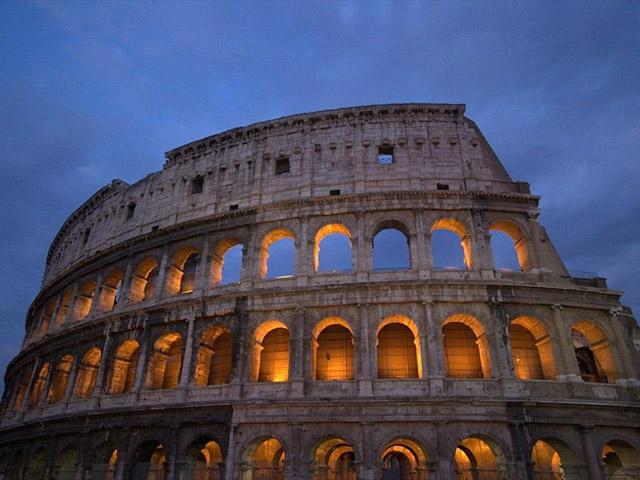 Emirates ripristina i voli per Roma
