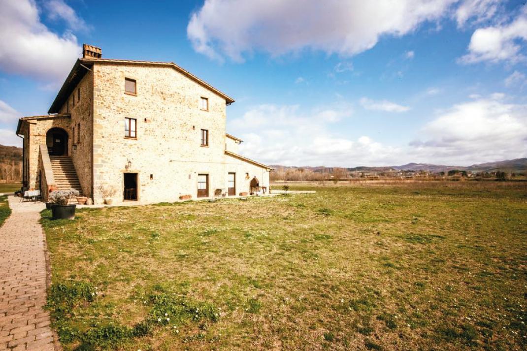 Appartamenti con piscina a Montone (PG) rif 1173