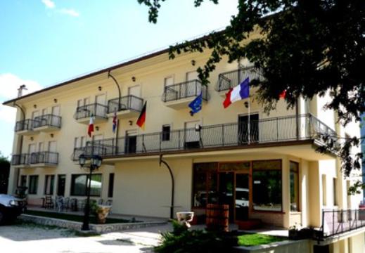 Hotel nella Valle di Nerfa (AQ) rif 1300